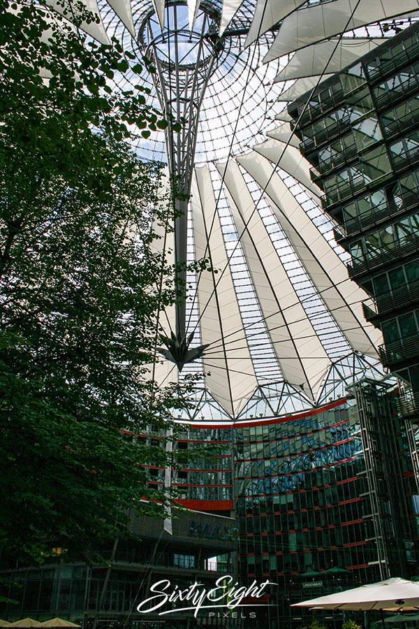 Im Sony Center am Potsdamer Platz