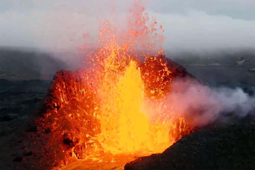 Drohnenvideo Vulkanausbruch